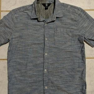 Boys Size Large Volcom Button Down Shirt